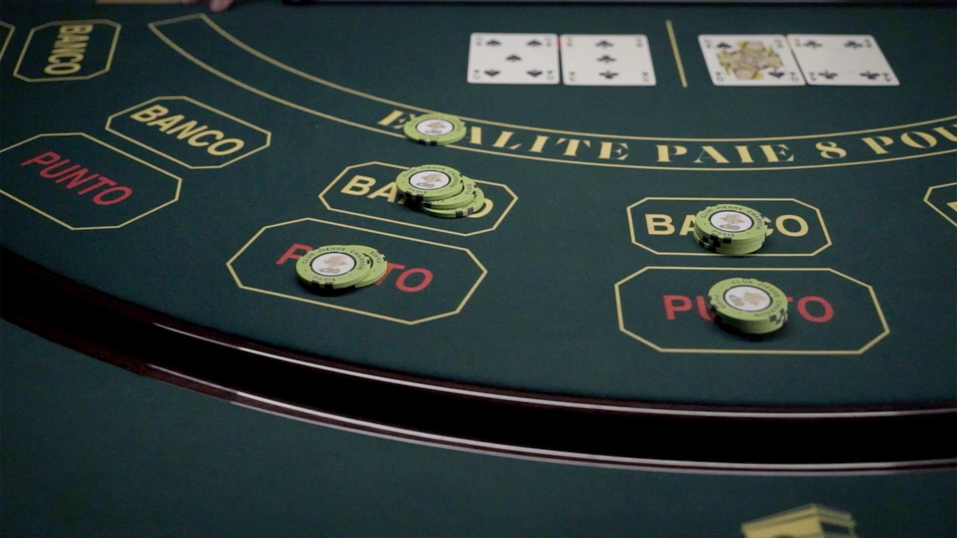 Table de Punto Banco du Club Pierre Charron